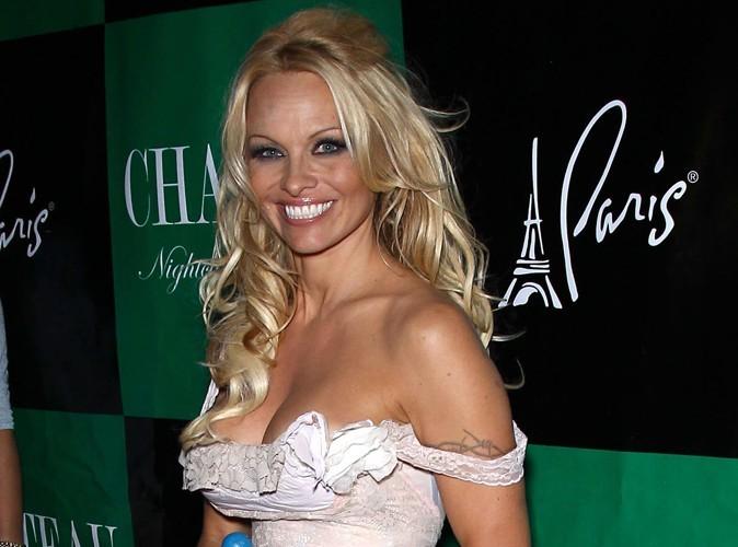 Pamela Anderson : elle va jouer le rôle de la Vierge Marie !