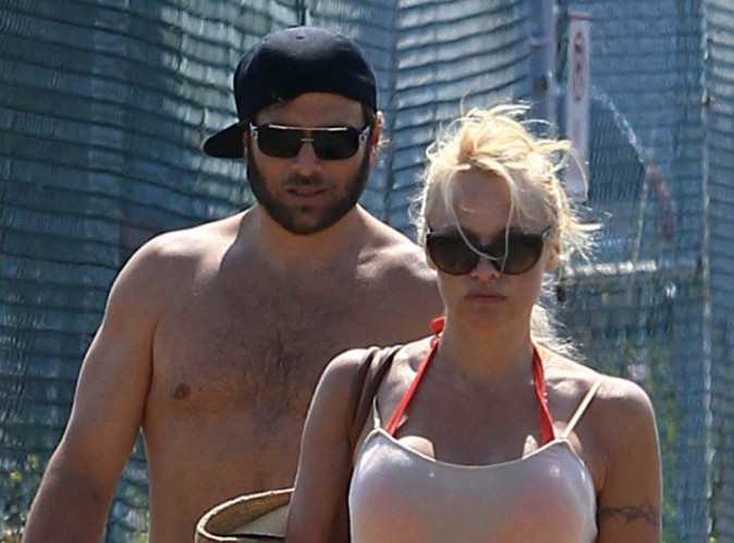 Pamela Anderson : plus question de divorcer... C'est le big love avec son mari !