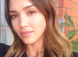 Tendance : 10 astuces pour réussir un selfie de star !
