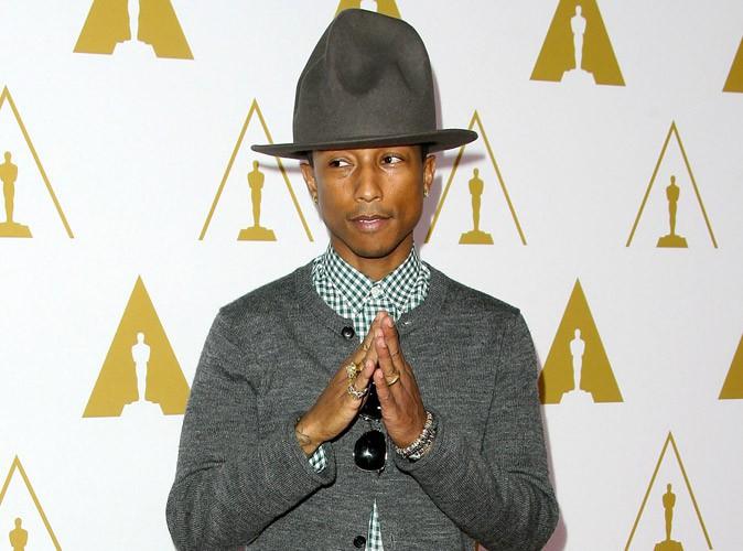 Pharrell Williams : son chapeau a été vendu aux enchères pour la somme de…