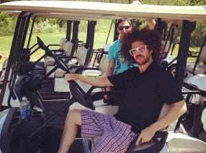 Photo : Red Foo (LMFAO) : une sacré dégaine, même quand il fait du golf !