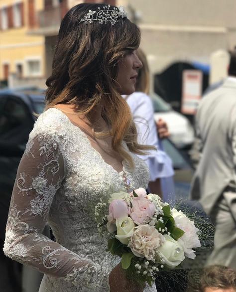 Photos  Anaïs Camizuli  Les premières images exclusives de son mariage !