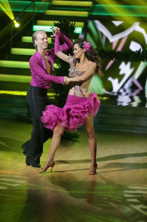 Photos : Leïla Ben Khalifa décroche sa place pour la demi-finale avec un déhanché sexy !