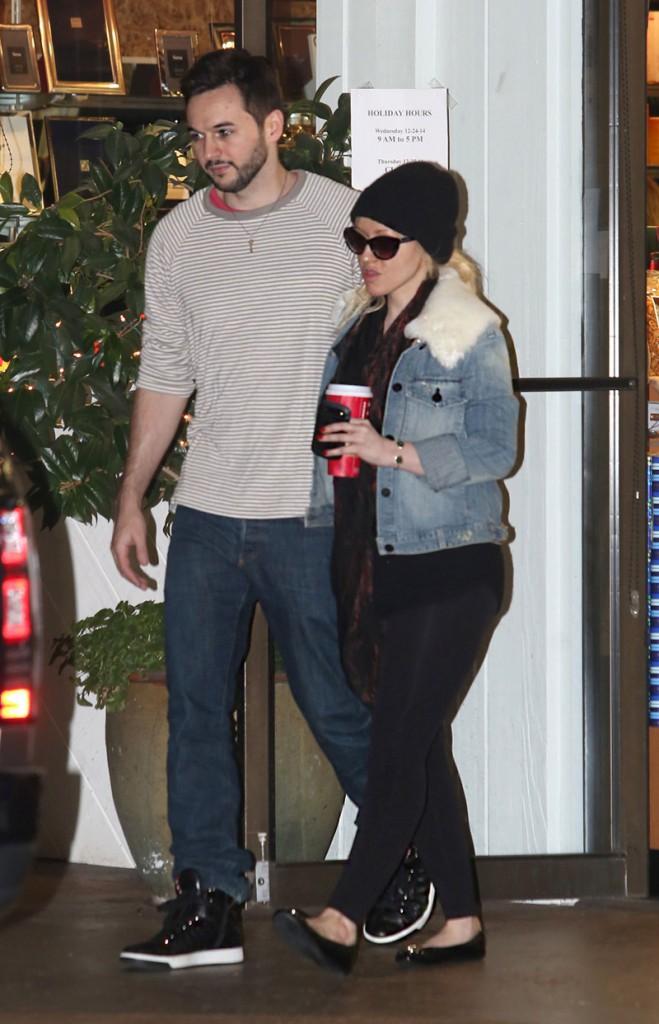 Christina Aguilera & Matt Rutler font leurs courses de Noël