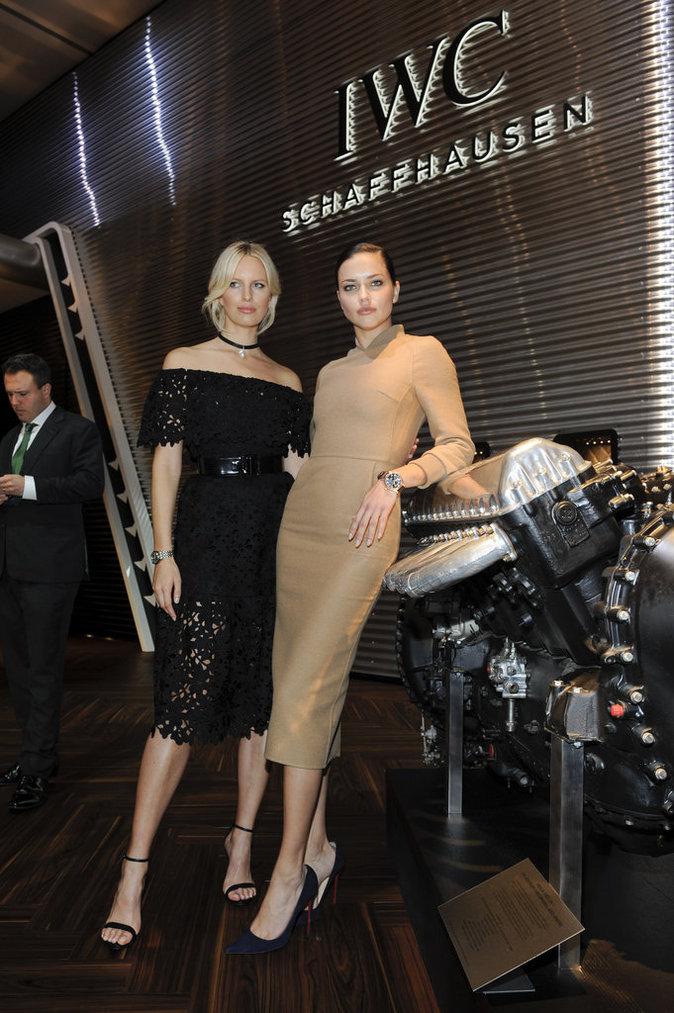 Adriana Lima et Karolina Kurkova ont l'habitude de venir au gala IWC