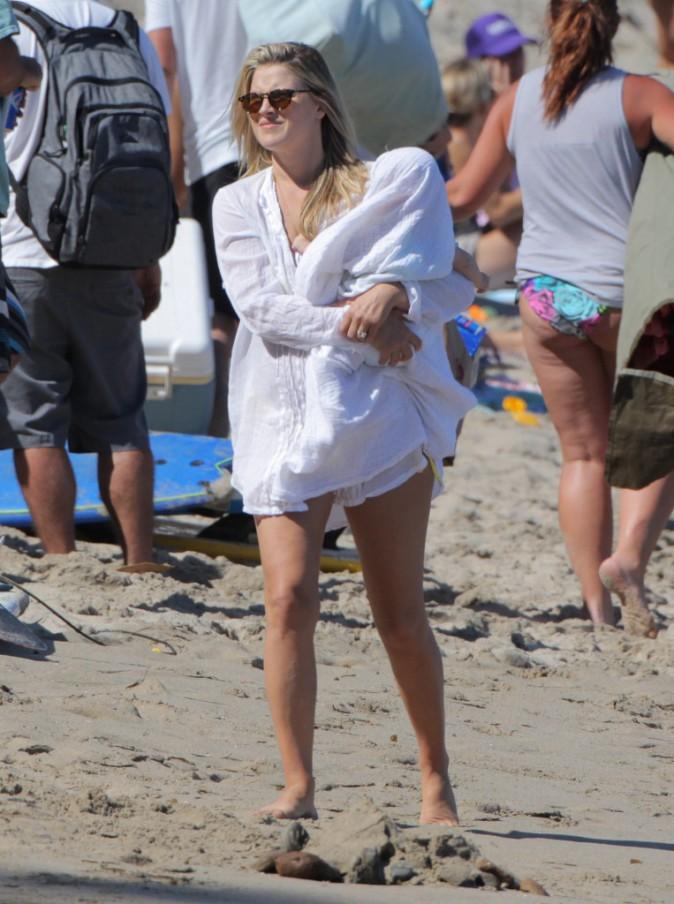 Ali Larter: elle rayonne � Malibu avec son 2e enfant!