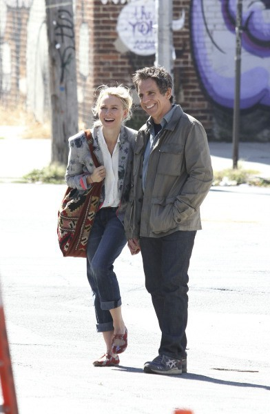 "Naomi Watts et Ben Stiller sur le tournage du film ""While We're Young"", le 24 septembre 2013."