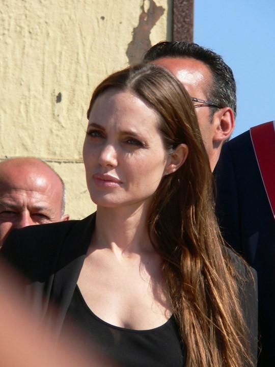 Angelina Jolie, une femme engagée...