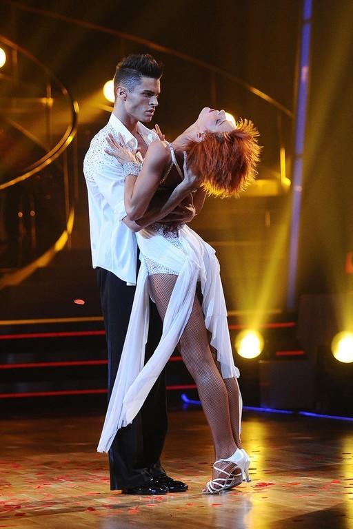 Baptiste et Fauve dansent sensuellement (le 5 novembre 2011)