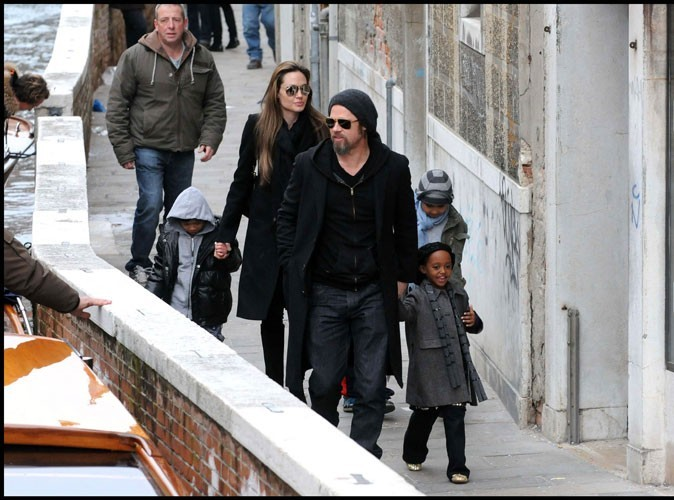 2010 : La famille Jolie-Pitt en vacances à Venise