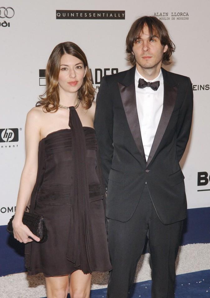 Sofia Coppola – Le chanteur de Phoenix Thomas Mars est devenu son mari en 2011. La réalisatrice en est folle ! Ensemble, ils ont deux filles , Ro...