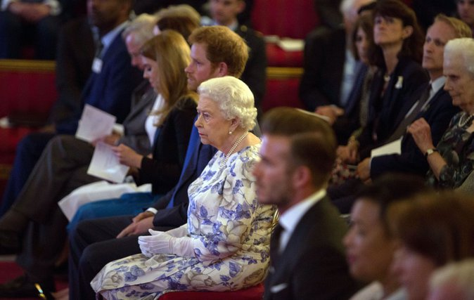 Elizabeth II au Queen's Young Leaders of 2016