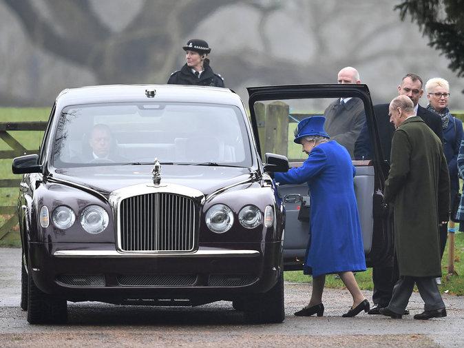 Elizabeth II : guérie, elle fait sa première sortie en public !