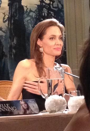 Angelina Jolie à Paris le 6 mai 2014