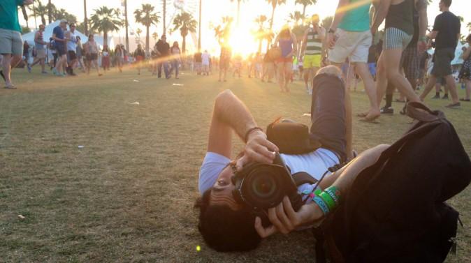 Anthony notre photographe prend des photos même quand il dort... Coachella JOUR 2