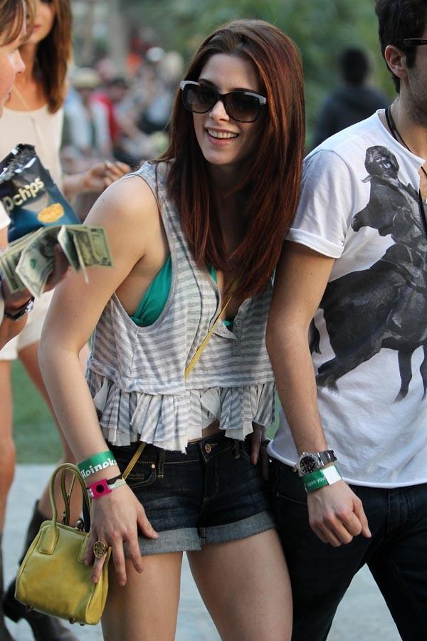 Ashley Greene, heureuse avec son nouveau boyfriend ?