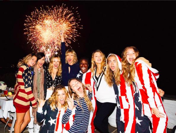 Taylor Swift et ses amies à Rhode Island le 4 juillet 2016