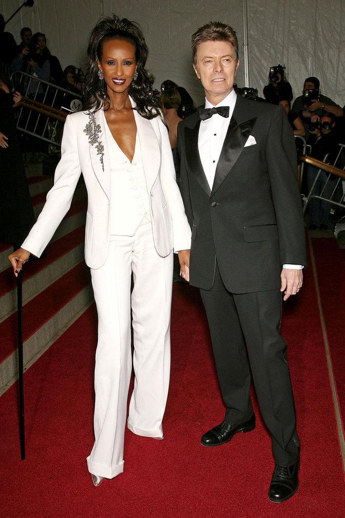 """Iman et David Bowie à la soirée de gala de l'exposition """"Poiret: roi de la mode"""" présentée au Met de New York, le 7 mai 2007."""