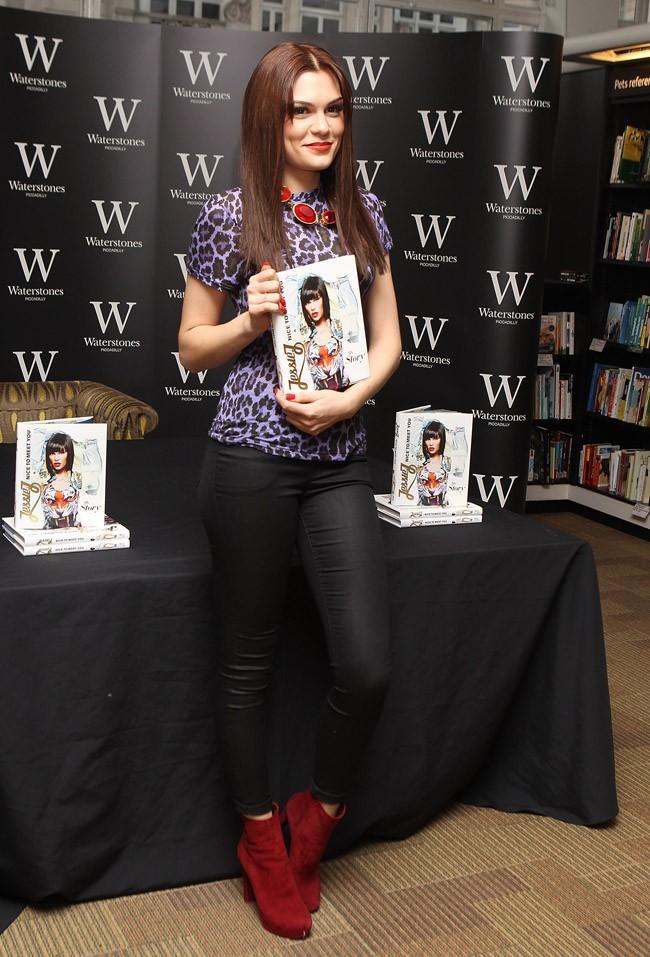 Jessie J présente son autobiographie le 27 septembre 2012 à Londres