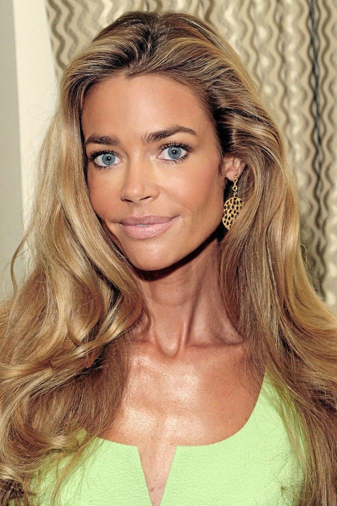 Il s'agit de Denise Richards !
