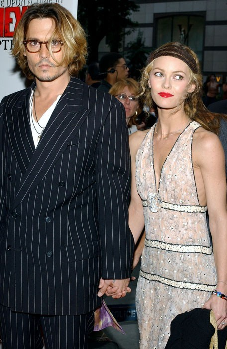 johnny depp et vanessa paradis retour en images sur une histoire d 39 amour qu 39 on croyait. Black Bedroom Furniture Sets. Home Design Ideas