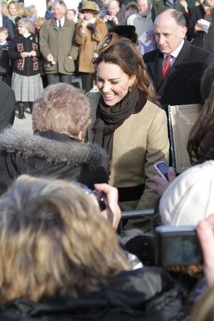 5. Comme Madame Tout le Monde, Kate se rend en personne au supermarché pour y faire normalement ses courses.