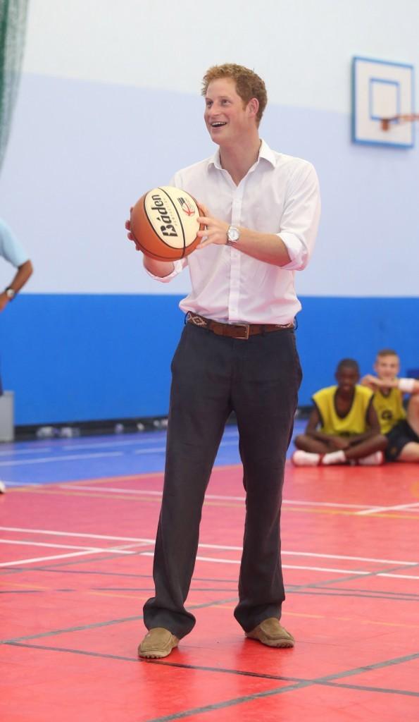 Le prince Harry au Bacon's College à Londres, le 26 juillet 2012.