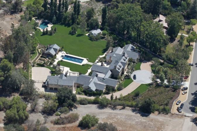 Kim Kardashian et Kanye West : bientôt prêt à emménager dans leur grande demeure !