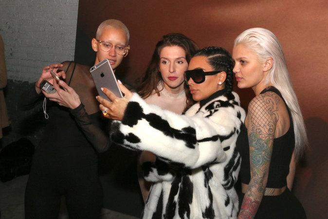 Kim et les mannequins Yeezy
