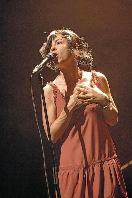 Concert Clarika, 5, passage Louis-Philippe, Paris 11e. 25 € sur cafedeladanse.com