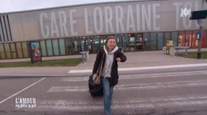Céline arrive à la gare Lorraine TGV...