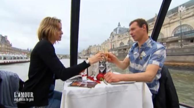 Franck et Lisa sur une péniche, clin d'oeil au speed-dating !