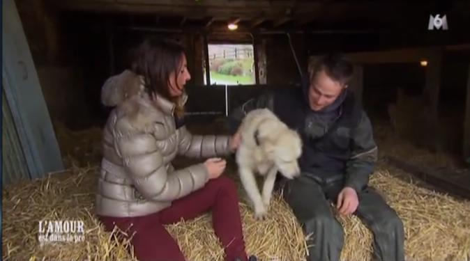 Jacky propose à Mélodye de rester à la ferme...