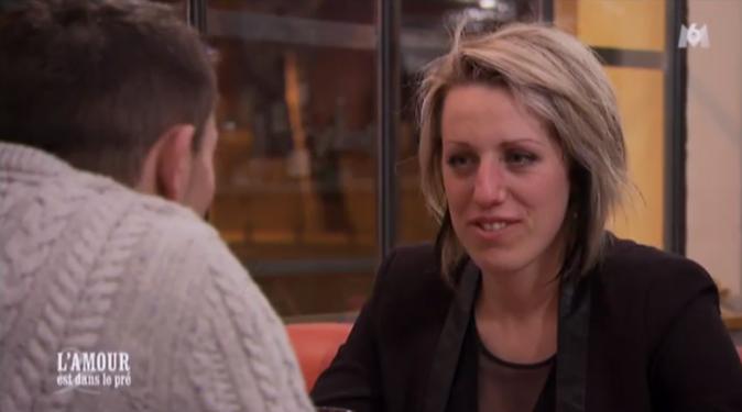 Claire a réservé un dîner resto en tête-à-tête à Adrien