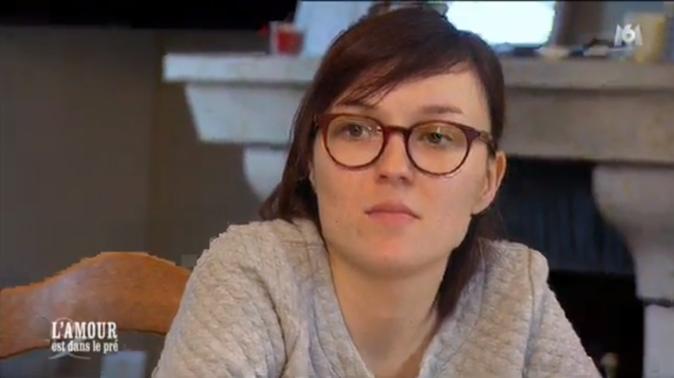 Emilie, une des prétendantes de Benoît