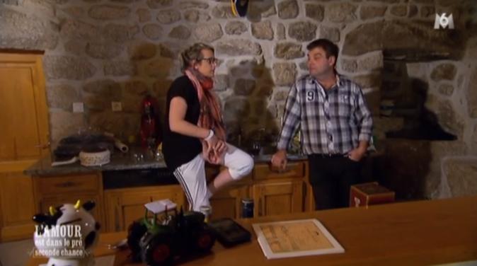 Muriel est toujours seule avec Philippe l'Auvergnat