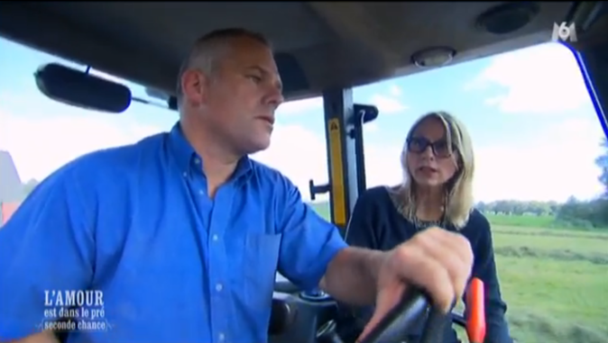Séquence balade en tracteur pour Christophe avec Véronique...