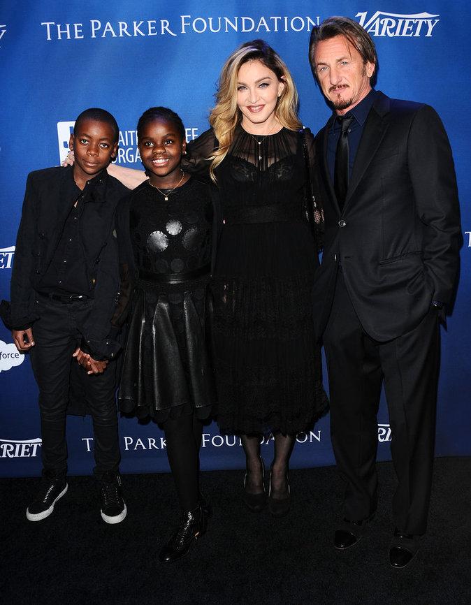 Madonna en famille