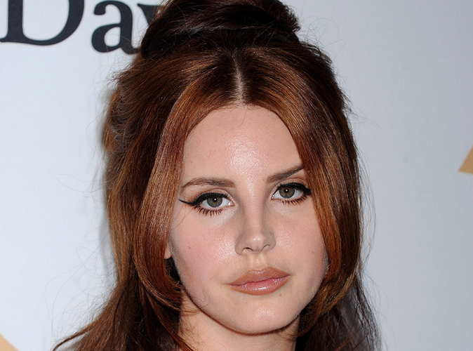 lana del rey ne ressemble plus a d couvrez sa nouvelle couleur de cheveux. Black Bedroom Furniture Sets. Home Design Ideas