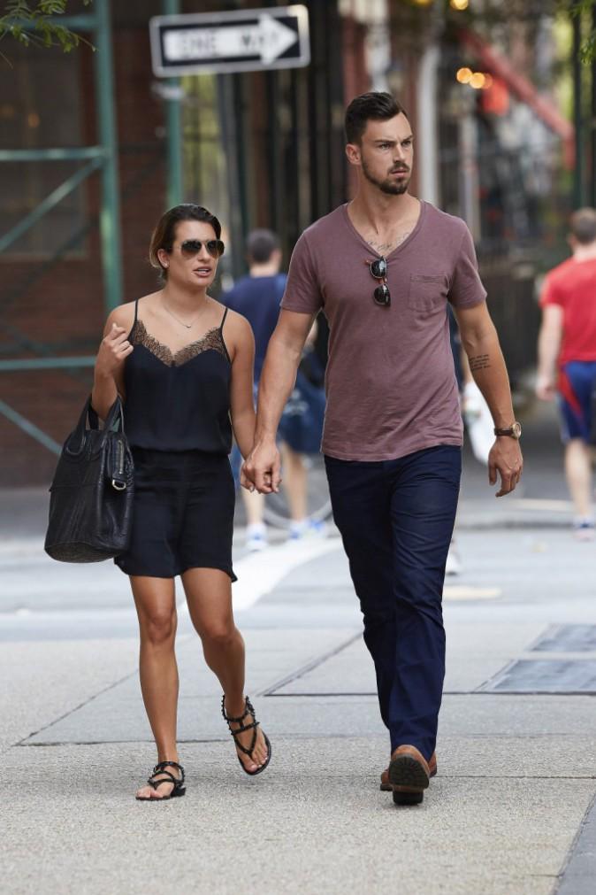 Lea Michele : aperçue main dans la main avec son amoureux Matthew Paetz !