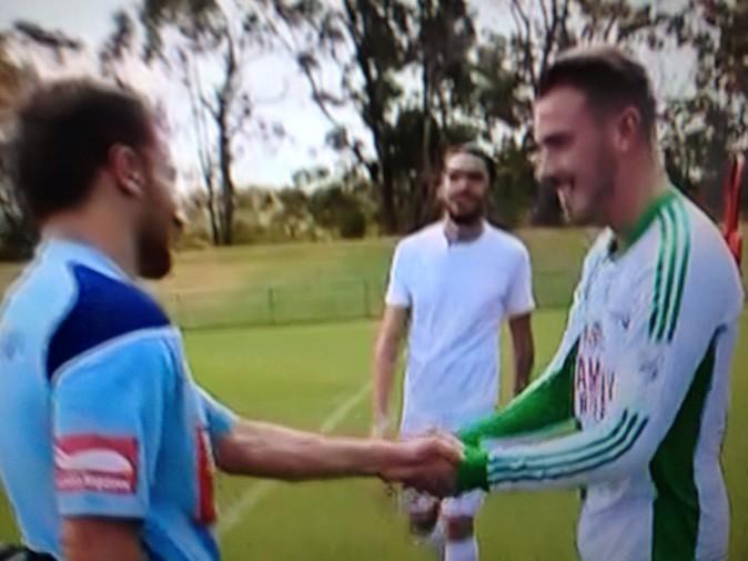 Les deux Julien à leur premier rendez-vous au FC Sydney rencontrent Alessandro del Pierro
