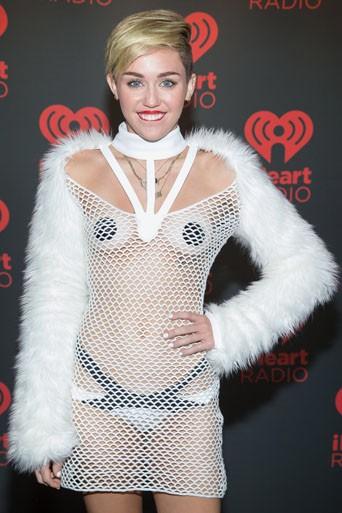 Miley Cyrus : Ok, Ok, ça va, toi, sinon ?
