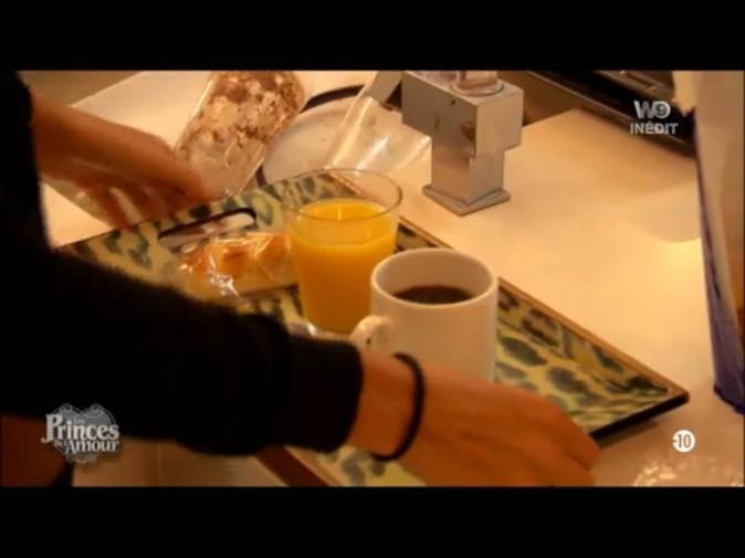 Les prétendantes de Florian et Benjamin leur ont préparé le petit-déjeuner !