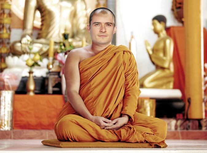 Orlando Bloom, il a dopté la philosophie bouddhiste en 2005. Pour la coup de cheveux, en revanche, il a dit non !