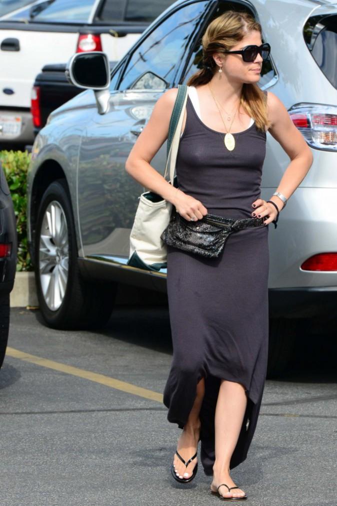 Selma Blair : robe d'été, sandales, lunettes noires, l'actrice à tout compris !