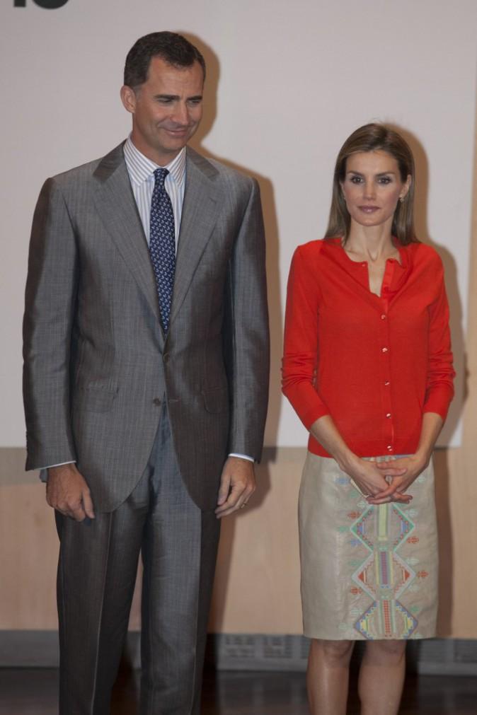Le roi Felipe VI et Letizia d'Espagne remettent les prix nationaux de l'innovation et du dessin au Musée de la Science à Valladolid, le 1er juille...