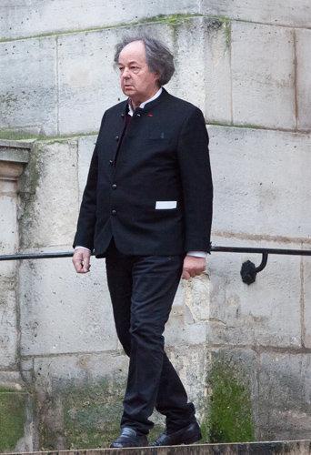 Gonzague Saint Bris assiste aux obsèques de Michel Galabru, le 12 janvier 2016 à Paris