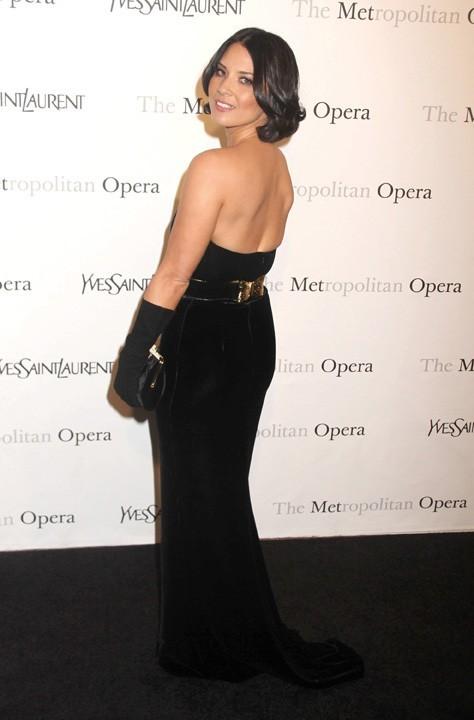 Olivia Munn lors de la première de l'opéra de Rossini, Le Comte Ory, au Metropolitan Opera House à New York, le 24 mars 2011.