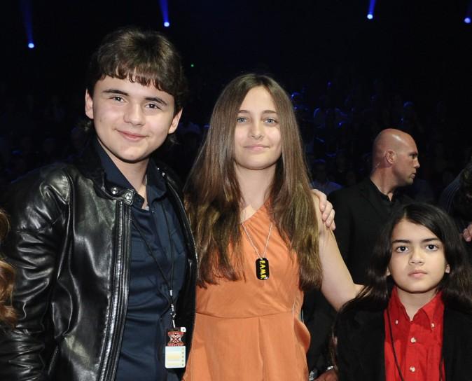 Les 3 enfants de Michael Jackson, réunis sur le plateau d'X Factor !