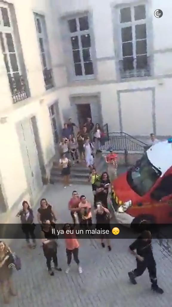 Les fans de Nabilla à Besançon le 22 juin 2016